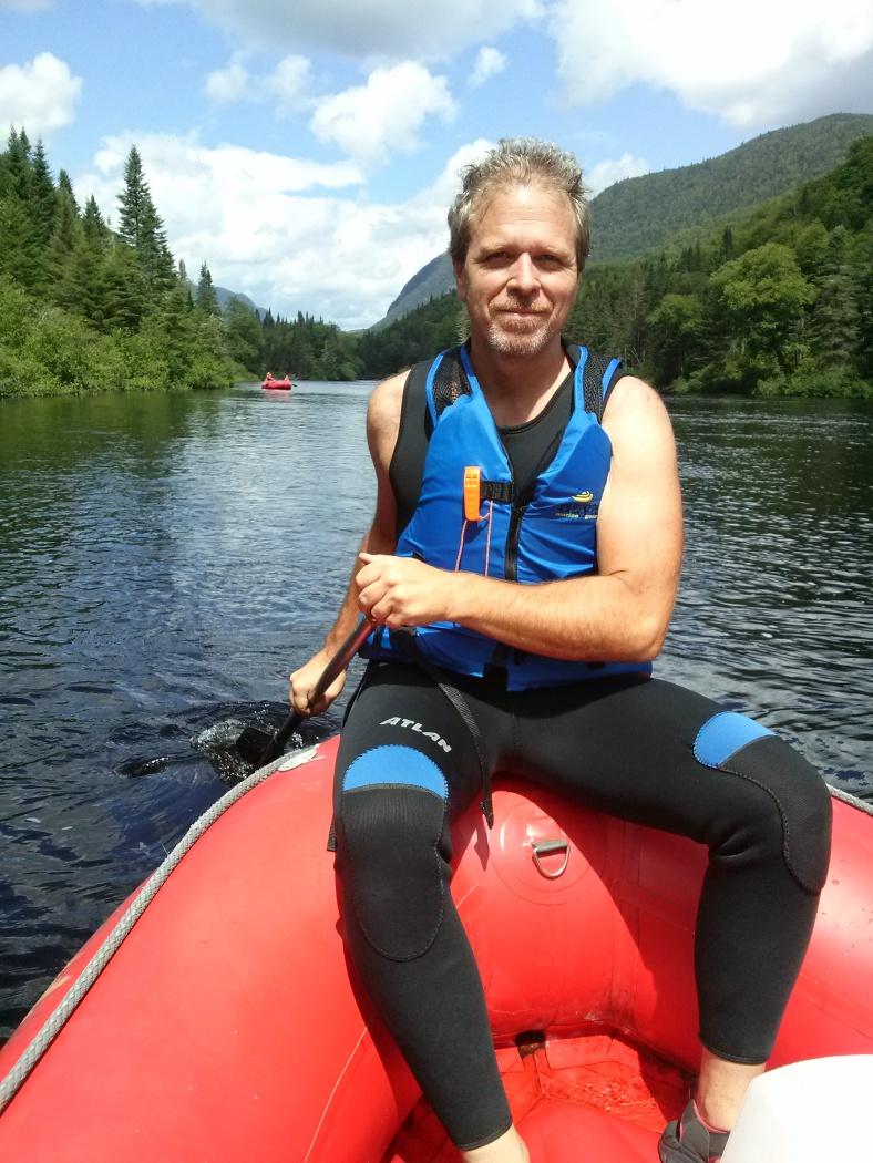 steve paddling.jpg